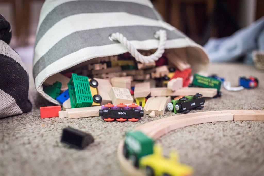 Ein chaotisches Kinderzimmer